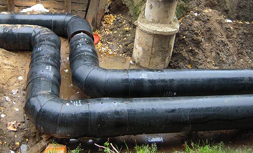 трубы ППУ обладают тепловой и гидроизоляционной защитой (ПЭНД)